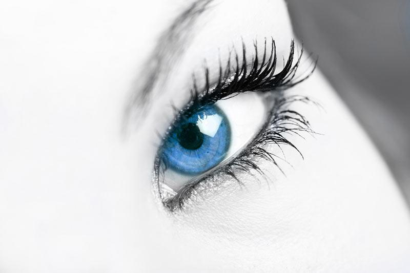 Augenbehandlung
